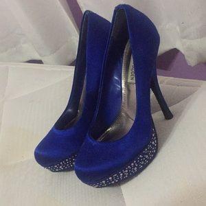 Blue Steve Madden pumps